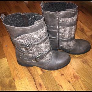 Sugar Grey Mid Calf Boots! Size 9